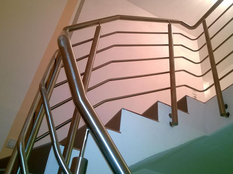 treppengel nder holz befestigung. Black Bedroom Furniture Sets. Home Design Ideas